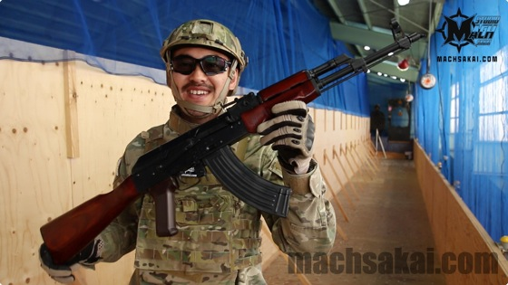 EL-AKM031_baton