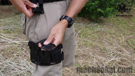 th_Bladetech-holster_28