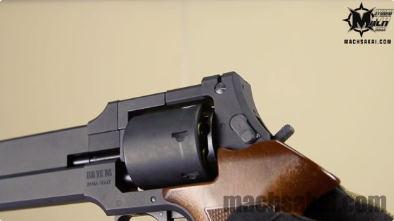 th_marushin-ghostintheshell-togusa-mateba-revolver_05