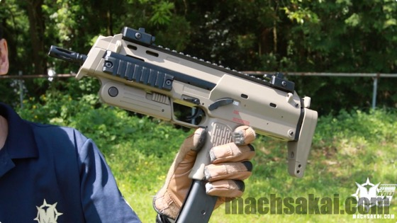 th_marui-mp7a1-tan-review_02