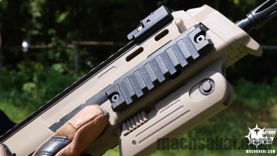 th_marui-mp7a1-tan-review_03