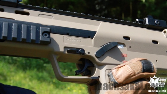 th_marui-mp7a1-tan-review_04