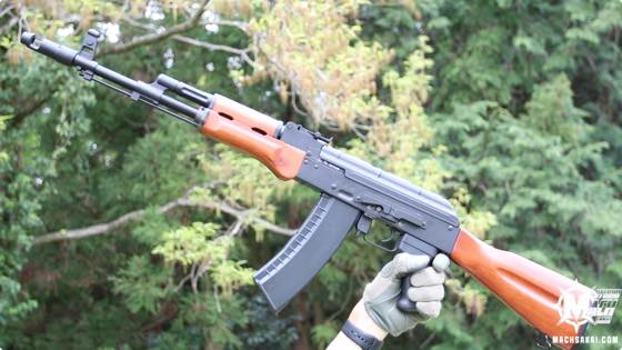 th_ics-ik74-ak74-aeg-wooden-review002